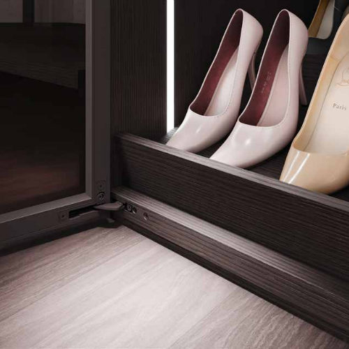 Closet Trend Shoe Rack Light